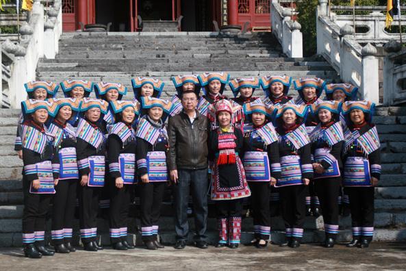【湖南节庆】0898read.com为神州瑶都盘王节,提供少数民族盛装!