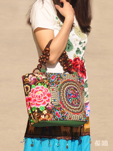 民族风特色时尚刺绣单肩包