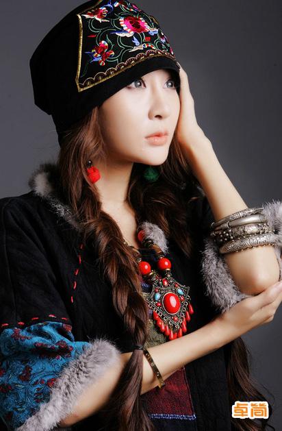 民族风棉麻料刺绣圆顶帽