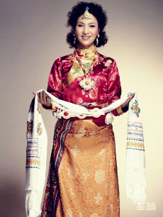藏北地区藏族服饰定制