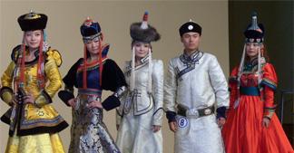 """为何在蒙古族服饰中""""帽""""似尊严?"""