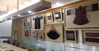 【最美】博猫平台代理接待中心再度升级,堪比民族服饰展厅啦!
