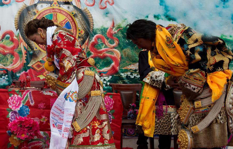 传统的藏族婚礼习俗