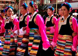 藏族服饰颜色的象征意义