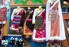 藏族服饰的现代改变及其艺术价值