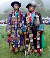 明朝藏族服饰特点