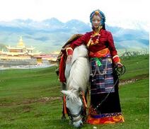 清朝藏族服饰特点