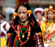 康巴藏族服饰