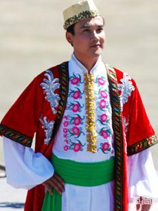 撒拉族服饰定制