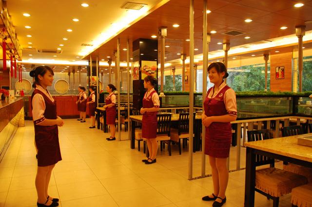 连锁餐厅员工服饰识别系统打造,请认准新利彩票app下载品牌
