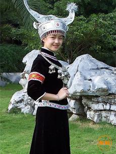 广西苗族服饰定制