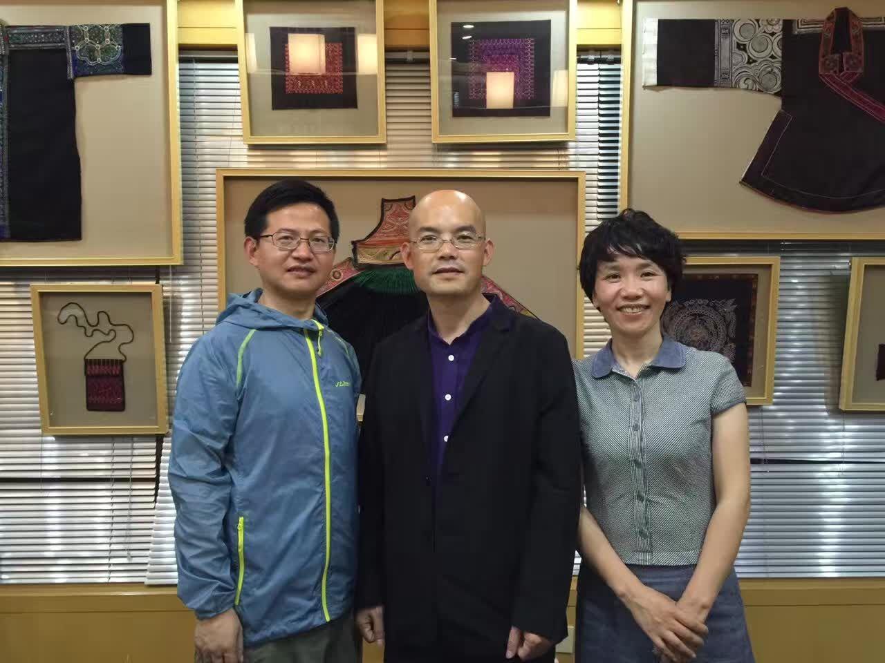 卓简民族服饰定制创始人刘湘萍倾情助力2016鸟巢万众创业盛典